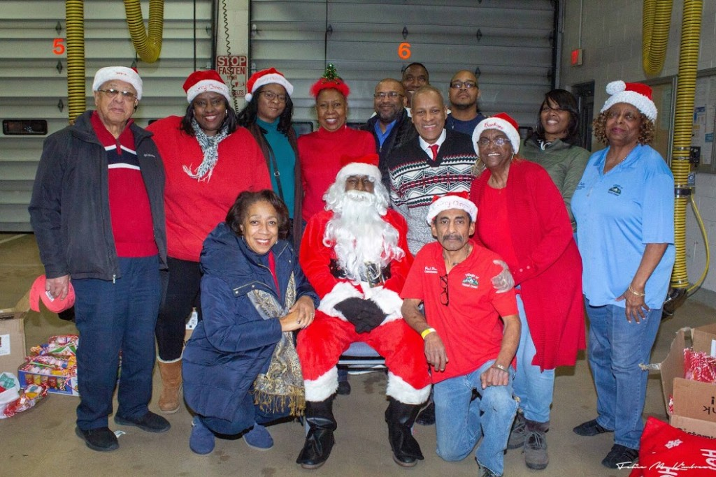 12.7.18 Tree Lighting & Activities - Com Rel Commission, electeds, staff & others